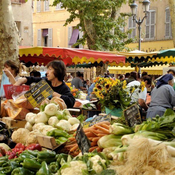 Provençaalse markten en wijnen
